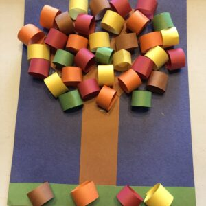 The leaves are changing colours. Let's make a Loopy Fall Tree!